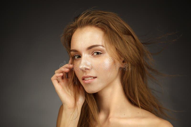 面部和化妆治疗 免版税库存照片