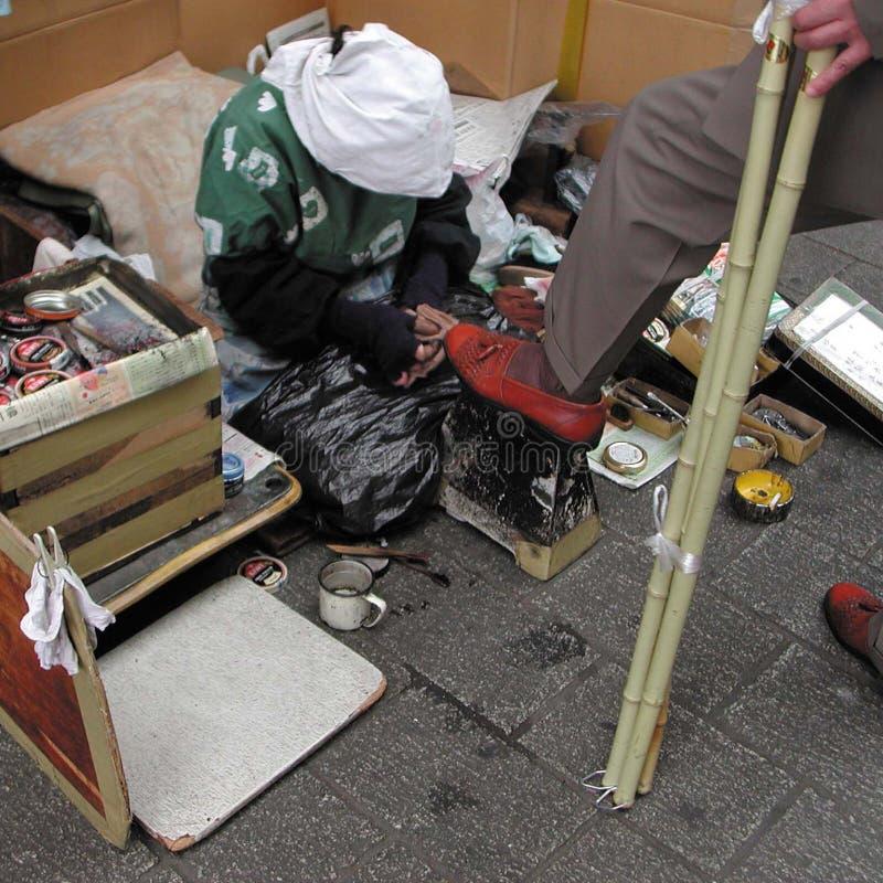 鞋子发亮光物体在日本 库存图片