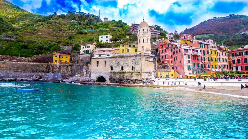 韦尔纳扎,一个村庄在五乡地,意大利 免版税库存照片
