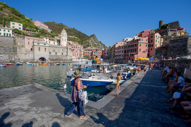 韦尔纳扎, 5 Terre,拉斯佩齐亚省,利古里亚海岸,意大利 库存照片