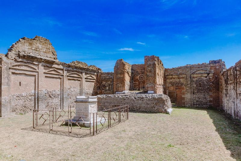 韦帕芗寺庙废墟庞贝城,意大利论坛的  图库摄影