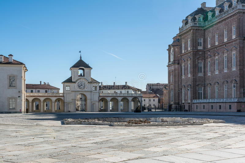 韦纳里亚雷亚莱,都灵,意大利王宫  免版税库存照片
