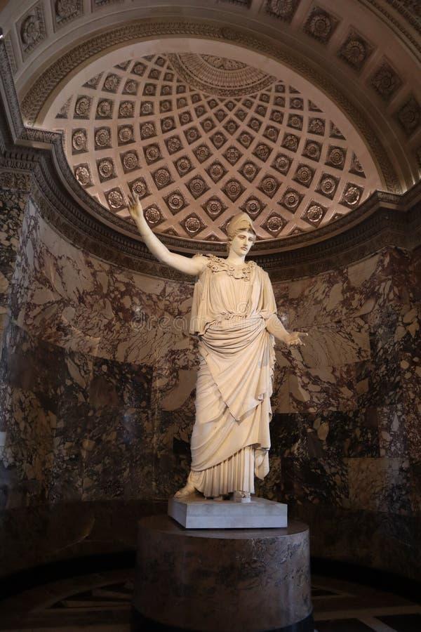 ??/??- 2019?4?04? 韦莱特里的雅典娜雕象罗浮宫的 免版税库存照片