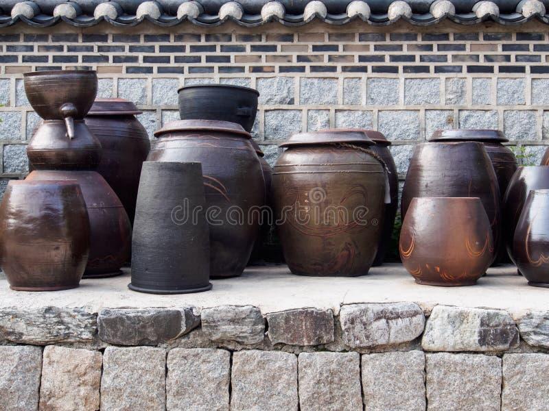 韩国泡菜瓶子 库存照片