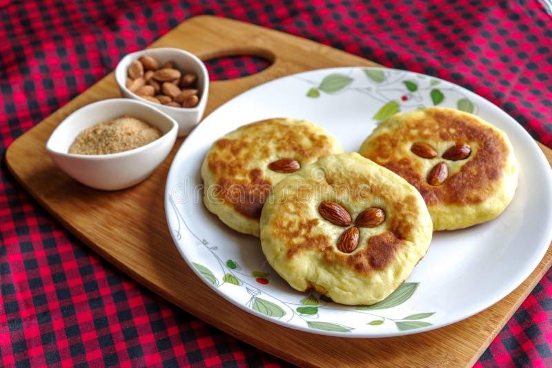 韩国薄煎饼和韩国的普遍的街道食物 免版税库存照片