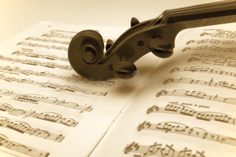 音乐休息的页葡萄酒小提琴 图库摄影