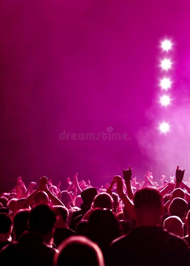 音乐会紫红色 图库摄影