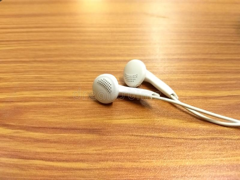 音乐是某事象紧张安心的行动  库存照片
