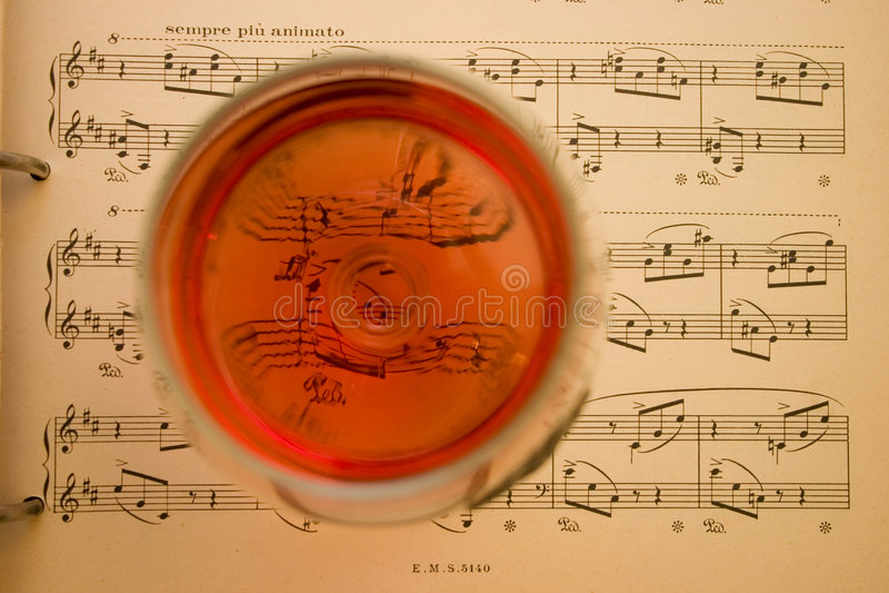 音乐酒 免版税图库摄影