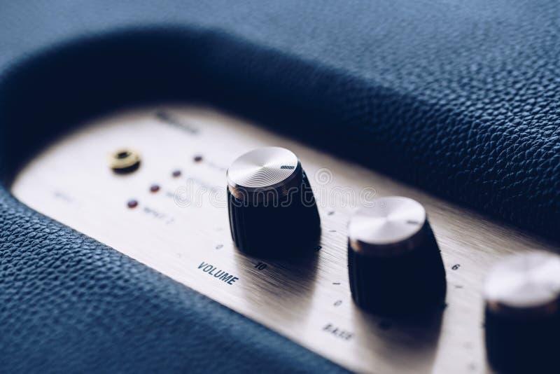 音乐音量控制瘤 免版税图库摄影