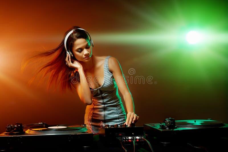 音乐dj妇女 图库摄影