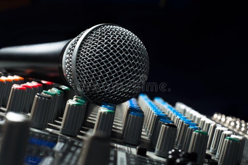 音频搅拌机零件声音 免版税库存照片
