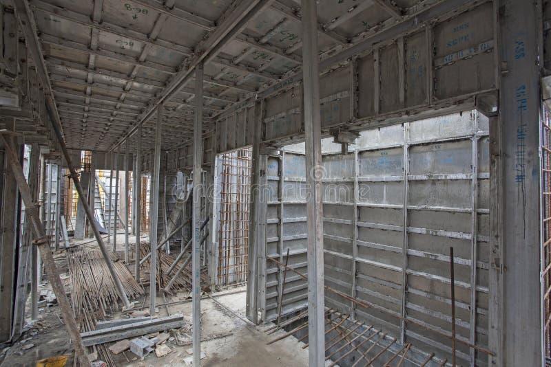 顶上的地铁建筑在班格洛 免版税图库摄影