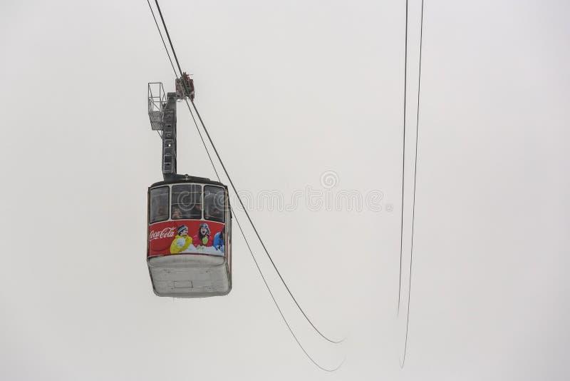 顶上的缆车 库存照片
