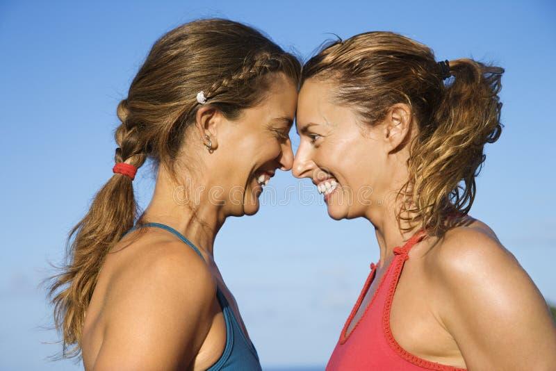 顶头微笑对妇女 免版税库存照片