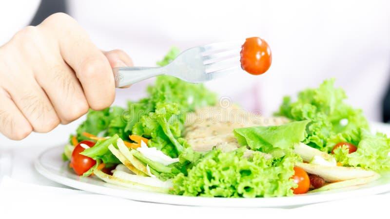 顶视图健康和干净的食物混合水果和蔬菜,沙拉在木冠上新鲜蔬菜的健康吃混合tableMen ea 库存照片