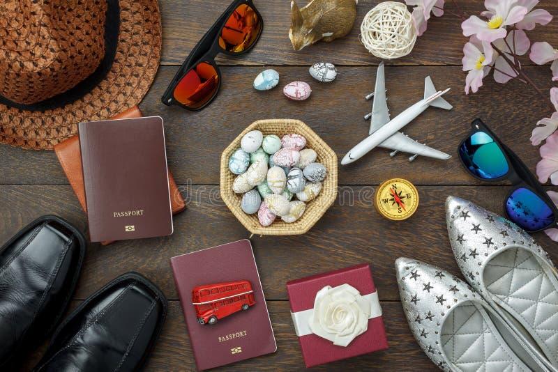 顶视图射击了安排装饰愉快的复活节假日 库存图片