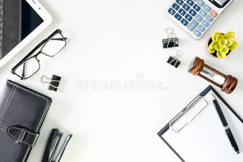 顶视图有拷贝空间英雄倒栽跳水图象的营业所书桌 免版税库存照片