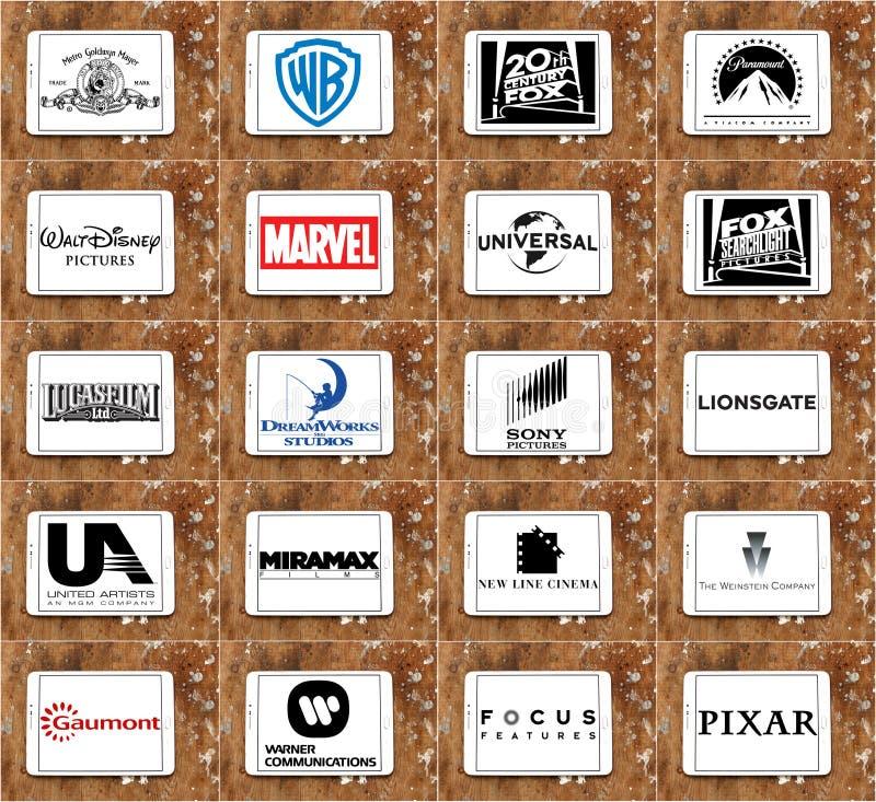 顶面著名电影厂和productiocinematographyn公司商标和传染媒介  免版税库存图片