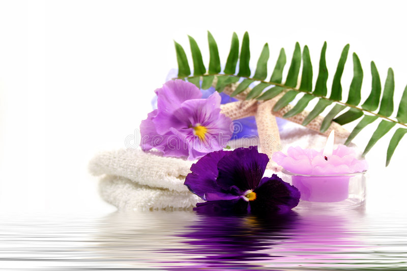 项目紫色温泉 免版税库存图片