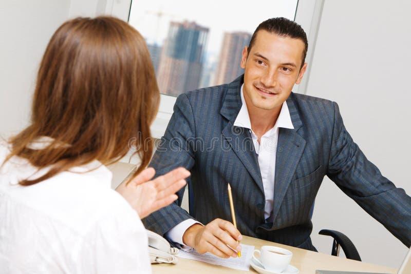 顾问有古芝的论述专业人员 免版税库存照片