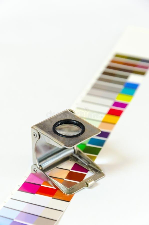预先压制在印刷品生产的颜色menagment 库存照片