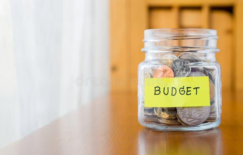 预算计划和挽救金钱 库存图片