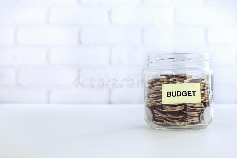 预算金额储款葡萄酒样式 免版税图库摄影