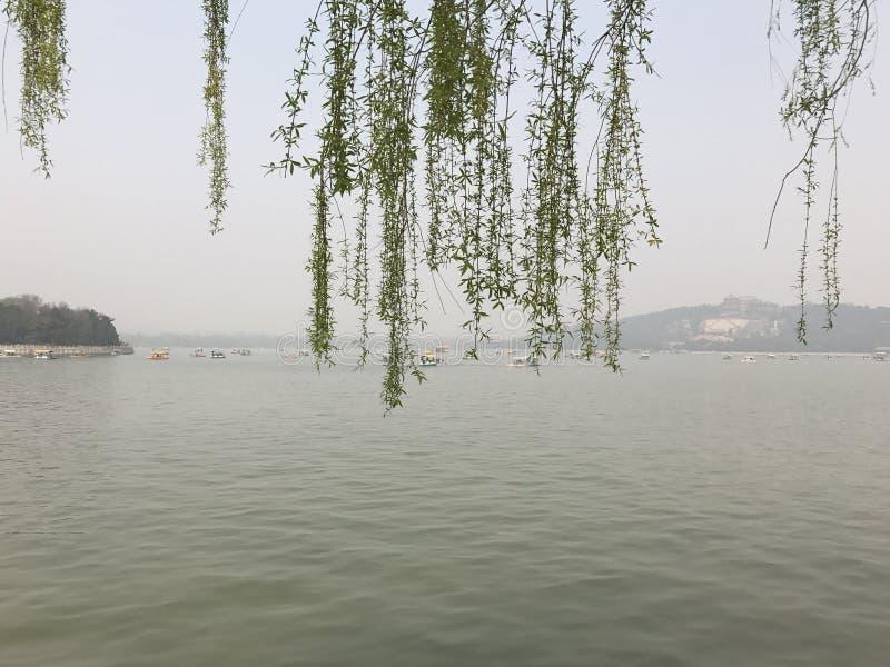 颐和园湖 免版税图库摄影