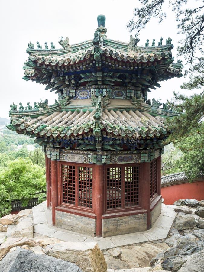 颐和园的八角型塔,北京,中国 库存照片