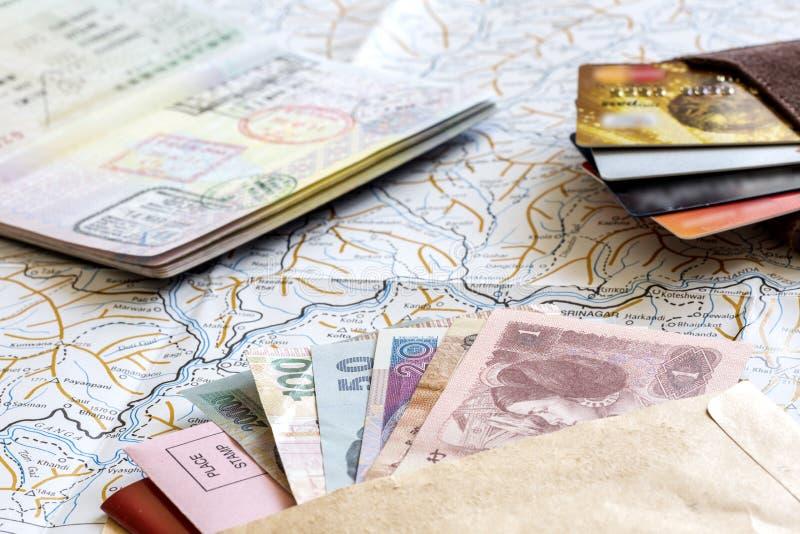 频繁旅客角度图书桌  库存图片