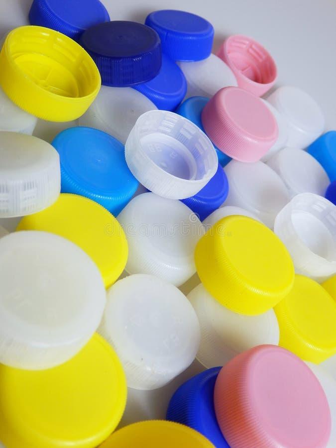 颜色塑料瓶盖细节 库存照片