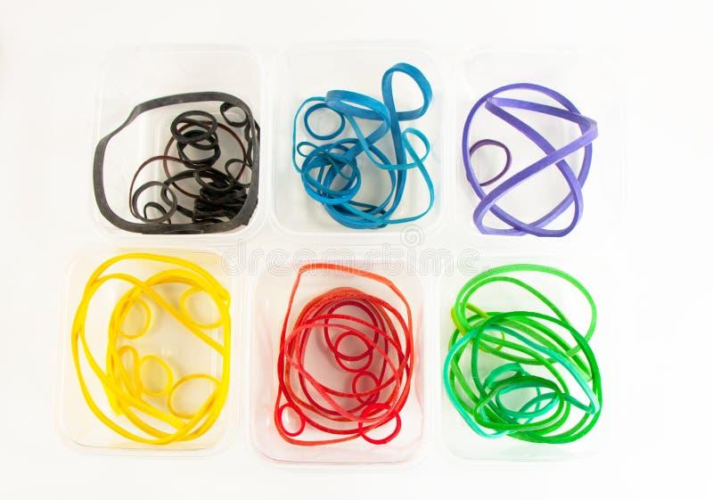 颜色容器rubberbands 免版税库存图片