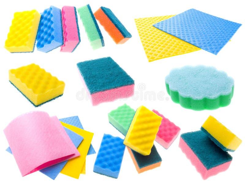 颜色餐巾和海绵 免版税库存图片