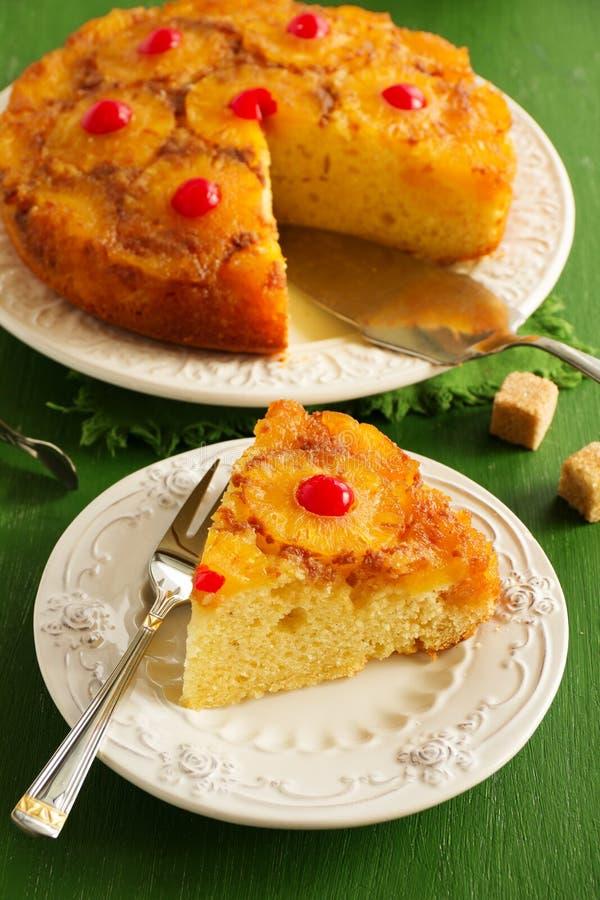 颠倒的菠萝蛋糕 免版税图库摄影