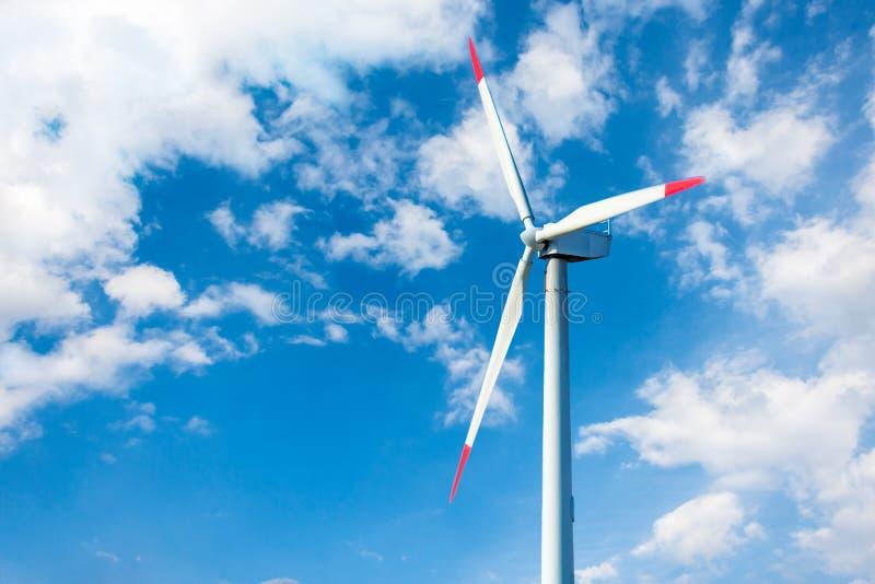 风力植物在捷克作为绿色能量的来源 免版税库存图片