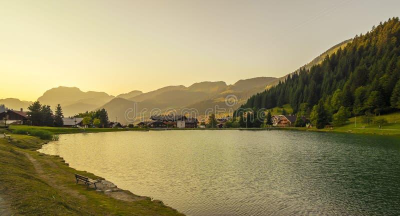 风景在法国阿尔卑斯 免版税库存图片