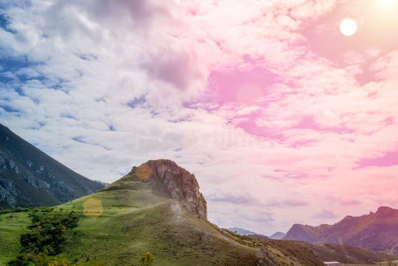 风景在迁徙路线,阿斯图里亚斯的关心的一好日子 库存照片