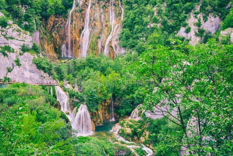风景夏天室外旅行背景,Plitvice湖国立公园,克罗地亚 免版税图库摄影