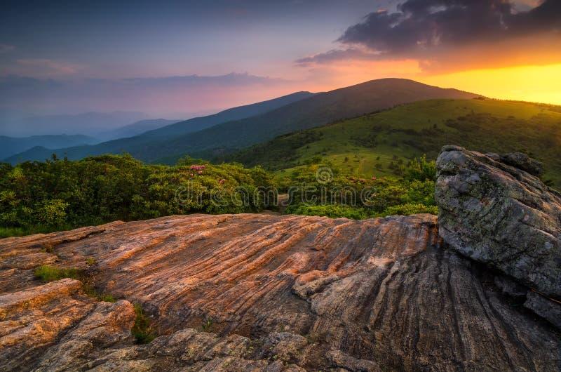 风景夏天日落,阿巴拉契亚足迹,田纳西 免版税图库摄影