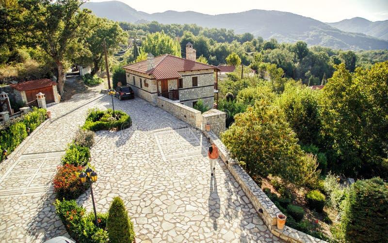 风景山村在一个晴朗的早晨 图库摄影