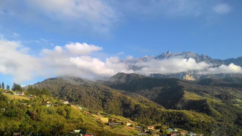 风景山Kinabalu风景视图  免版税库存照片