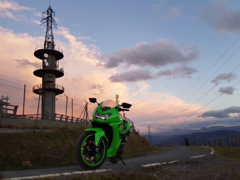 风景摩托车 免版税库存图片