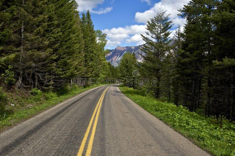 风景蒙大拿路 免版税图库摄影
