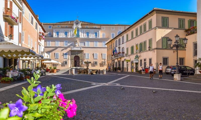 风景视域在冈多菲堡古镇,罗马省的,拉齐奥,中央意大利 免版税图库摄影