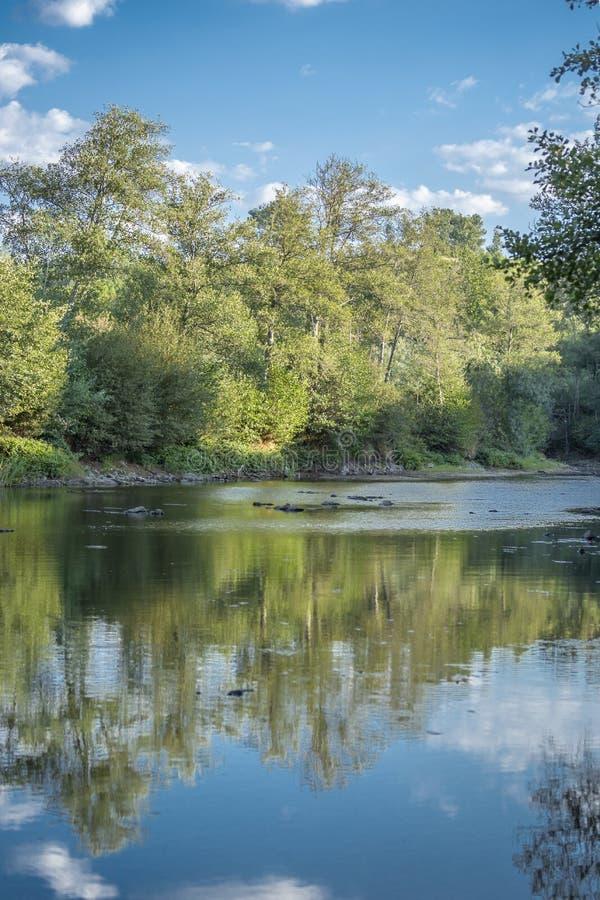 风景,山的河 库存图片