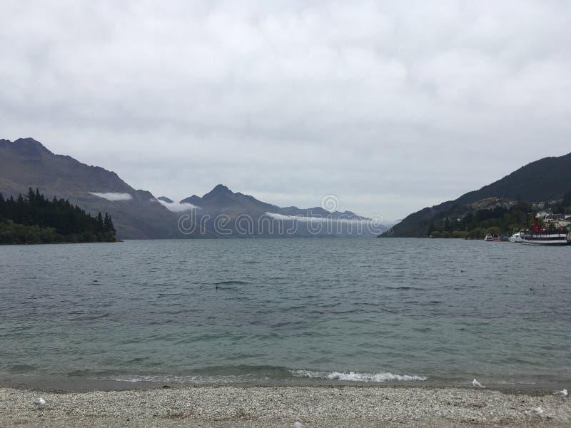 风景Queenstown湖新西兰 免版税库存照片