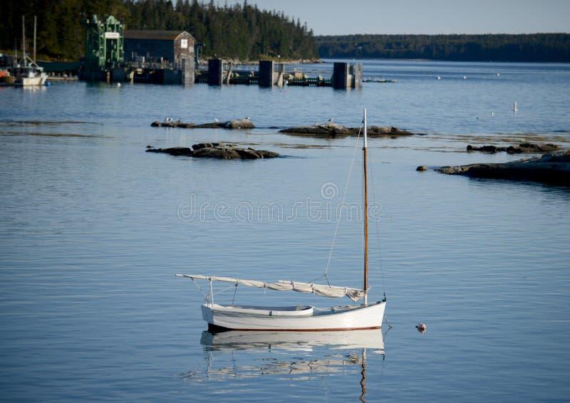 风船在古雅和农村渔村 库存照片