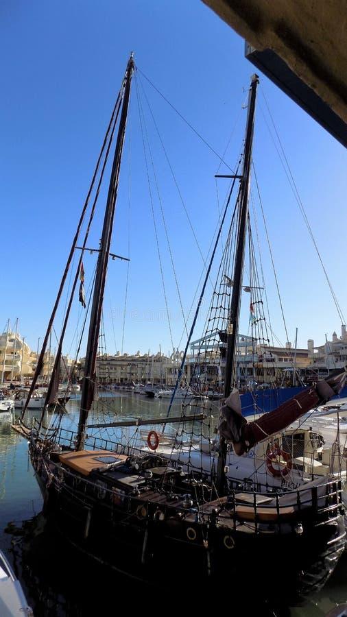 风船Puerto小游艇船坞Benalmadena安大路西亚西班牙欧洲 免版税库存照片
