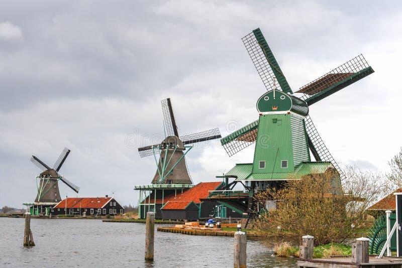 风车在荷兰是其中一种已知的吸引力在世界上 库存图片